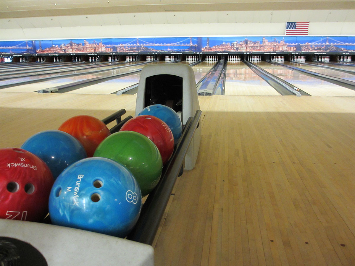 Country Club Bowl Lanes